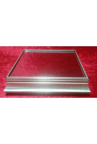 Yavuz Orta Boy Ahşap Çerçeveli Aynalı Kare Yükseltici Gümüş 22 cm