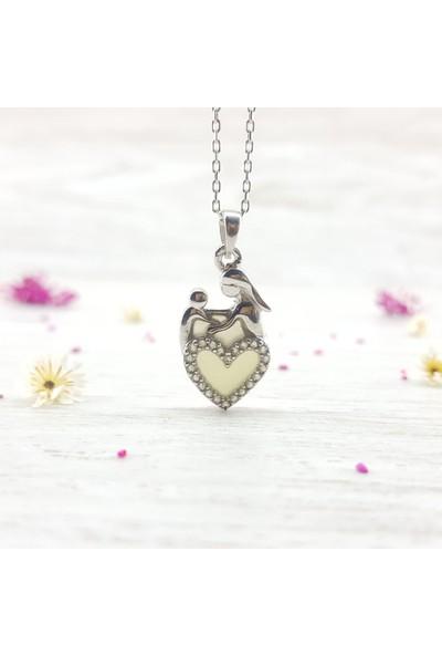 Hediyebalonu Karanlıkta Parlayan 925 Ayar Gümüş Kalpli Anne Bebek Kolye