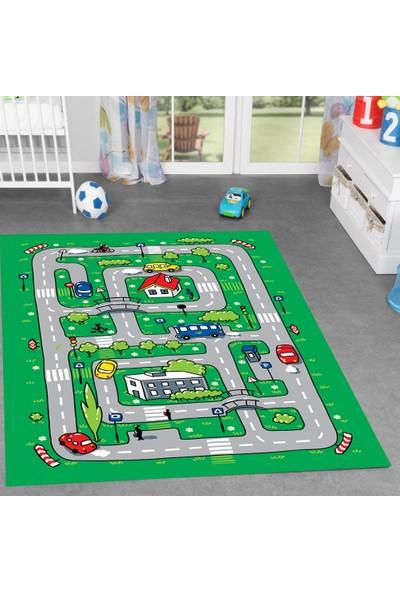 Trafikli Parkurlu Erkek Çocuk Odası Halısı