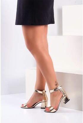 Pembe Potin Altın Kadın Topuklu Sandalet