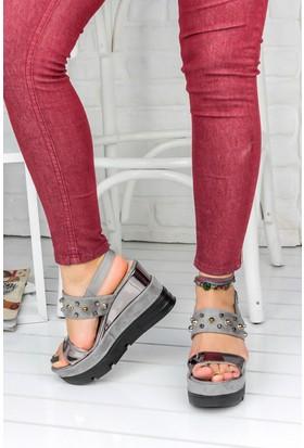 Awon Cristina Süet Dolgu Topuk Kadın Ayakkabı