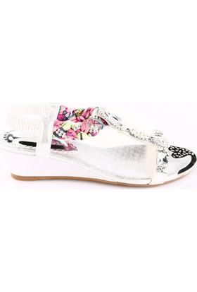 Guja 18Y300-3 Kadın Dolgu Taban Taşlı Sandalaet Gümüş