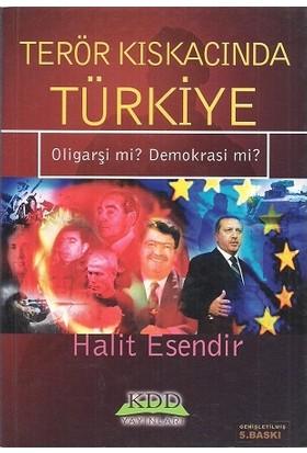 Terör Kıskacında Türkiye Oligarşi Mi Demokrasi Mi