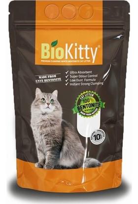 Biokitty Bentonit Kalın Taneli Kedi Kumu Kokusuz Ultra Topaklanan Tozsuz Sade 10 Litre