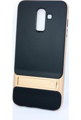 Case 4U Samsung Galaxy J8 Kılıf Standlı Korumalı Silikon Arka Kapak - Altın