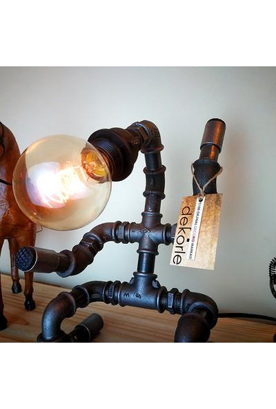 Dekorle Gol Sevinci Dekoratif Masa Lambası Modeli - DL01123