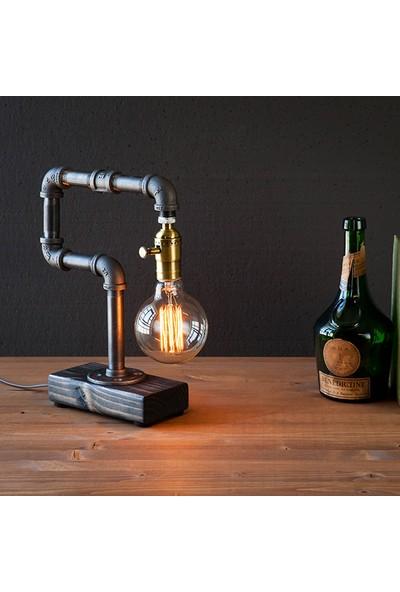 Dekorle Kıvrılmış Tekli Model Masa Lambası - DL01144
