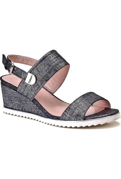 Cabani Tokalı Günlük Kadın Sandalet Siyah Deri