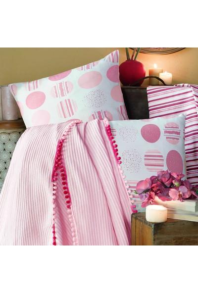 Home Berry Pink Hopes Çift Kişilik Lüx Kutulu Ponponlu Pike Takımı