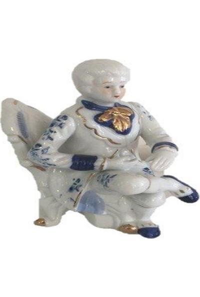 Dilşen Porselen Biblo