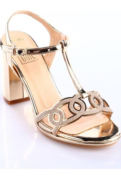 Dgn 587-9436 Kadın Kısa Topuk T-Strap Abiye Ayakkabı Rose Ayna Simli