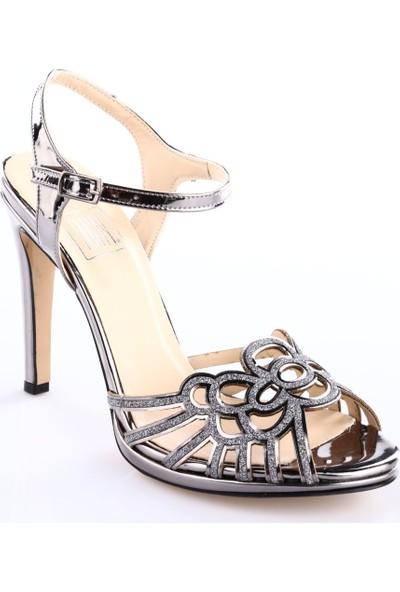 Dgn 589-9434 Kadın İnce Topuk Bilekten Bağlı Lazer Kesim Abiye Ayakkabı Platin Ayna Sim