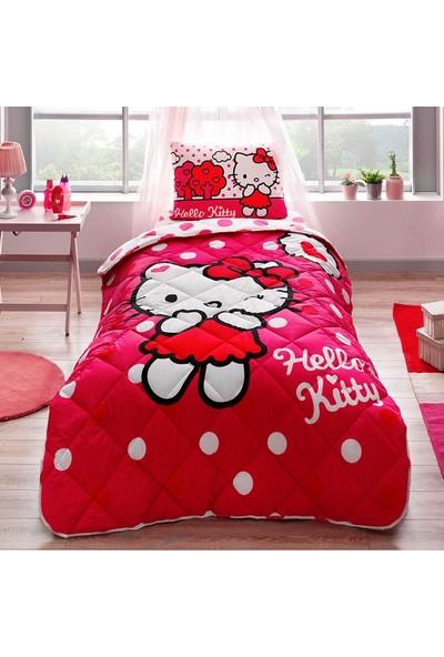 Taç Hello Kitty Yorgan Seti Yastık Hediyeli