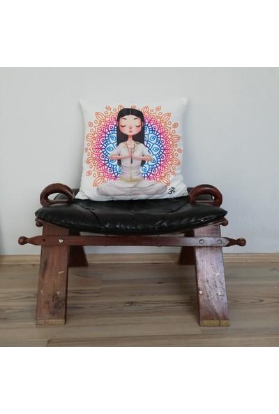 Angels in Town Yastık - Yoga Girl Luna