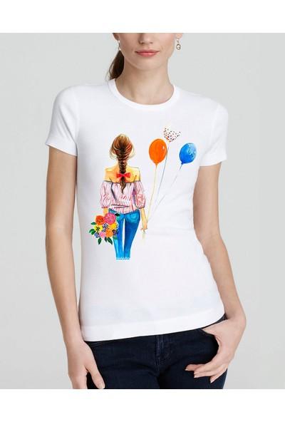 Yuvarlak Yaka Balonlu Kadın Baskı Desenli BayanTişört