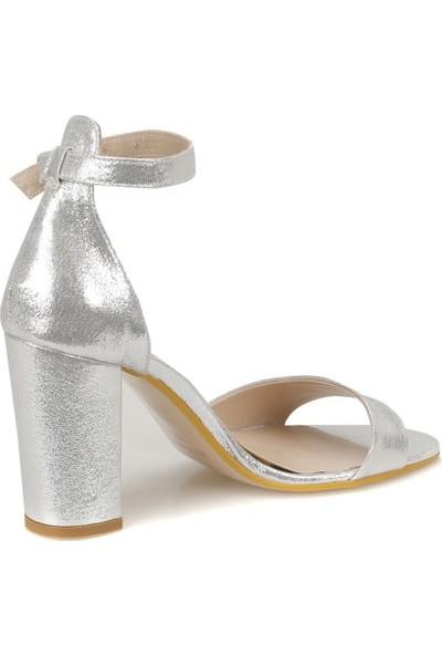 Butigo 18S-827 Gümüş Kadın Sandalet