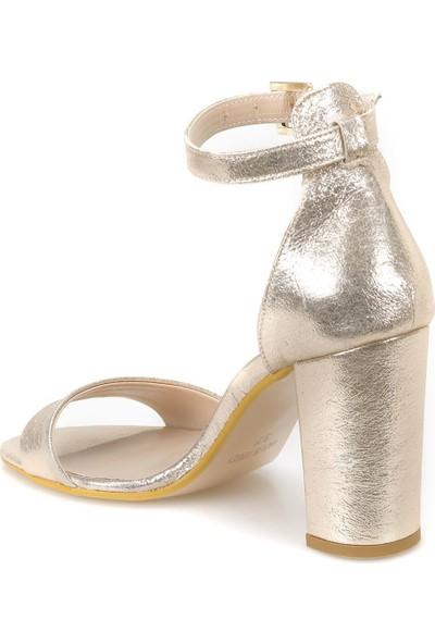 Butigo 18S-828 Altın Kadın Sandalet