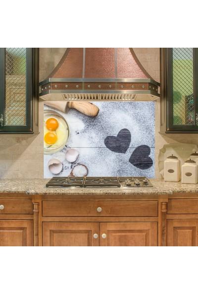 Tilki Dünyası Mutfak Ocağı Arkası Sevgi ile Yapılan Yemek Sticker