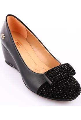 Dgn 335 Kadın Yuvarlak Burun Önü Taşlı Dolgu Taban Ayakkabı Siyah Lazer