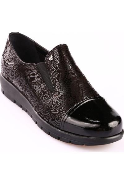 İloz 182107008 Kadın Zenne Ayakkabı Mat Siyah Çiçek