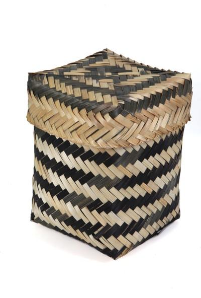 Kanca Ev Siyah Dalga Desenli Sert Hasırdan Kapaklı Kare Sepet Küçük