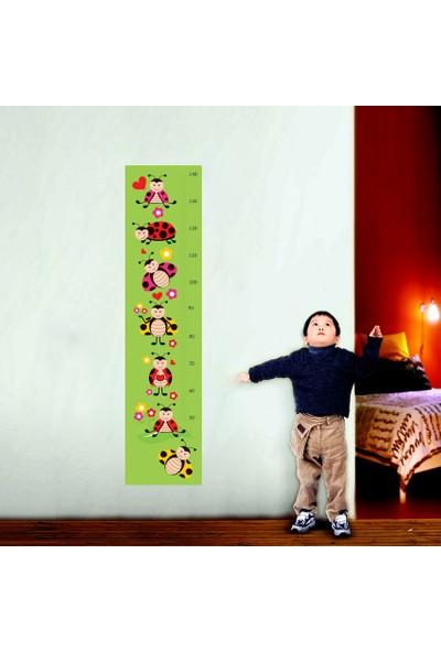 Tilki Dünyası Uğur Böcekleri Boy Cetveli Duvar Sticker