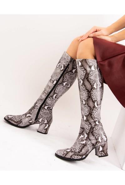 Fox Shoes Bej Kadın Çizme A654252707