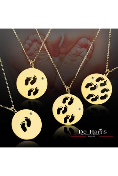 De Hari's Diamond Madalyon İçerisinde 4 Çocuk Ayakları Aile Sevgi Kolyesi