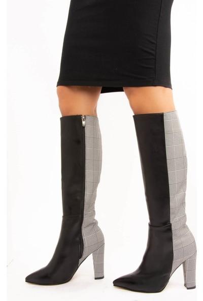 Fox Shoes Siyah Ekose Kadın Çizme E752005809