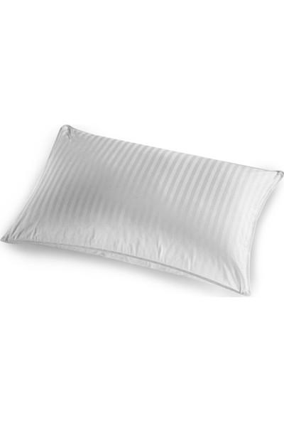 Taç Ascot Yastık 50 x 70 cm