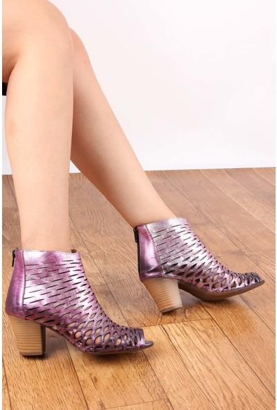 Gön Deri Kadın Sandalet 20375