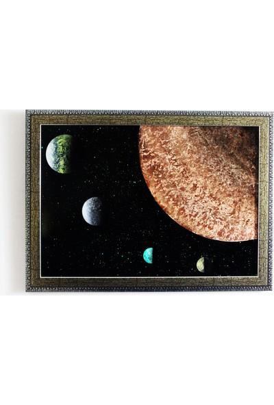 Can Pulat Uzay Temalı Dekoratif Çerçeveli Tablo