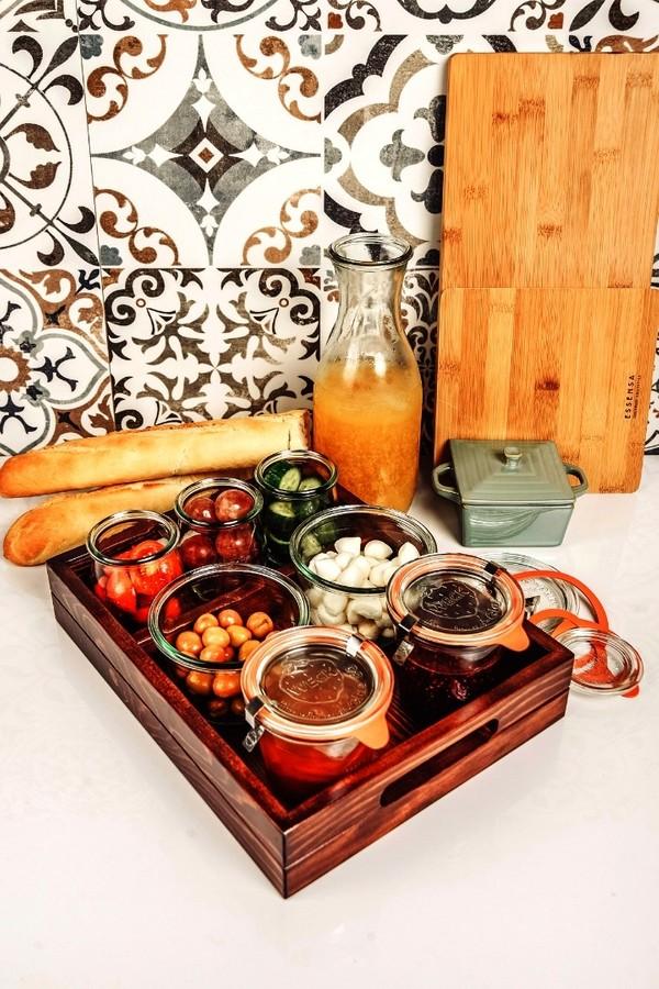 Jarlovein Jars With Wooden Lid Set