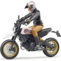 Bruder Ducati Scrambler Desert Motorsiklet ve Sürücüsü BR63051