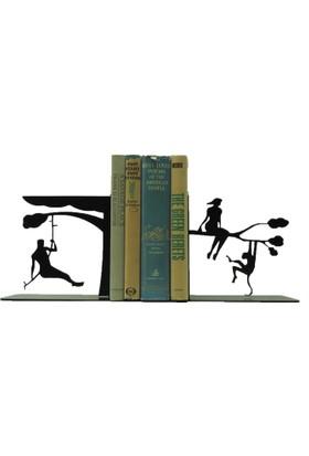 Simge Yapı Dekorasyon Ormanda Tarzan ve Ceyn Temalı Dekoratif Metal Kitap Tutucu Kitap Desteği