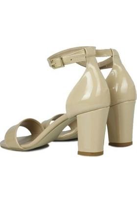 Loggalin 430702 320 Kadın Ten Rugan Sandalet