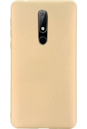 Gpack Nokia 7.1 Kılıfları Kılıf Premier Silikon Koruma + Nano Glass Gold