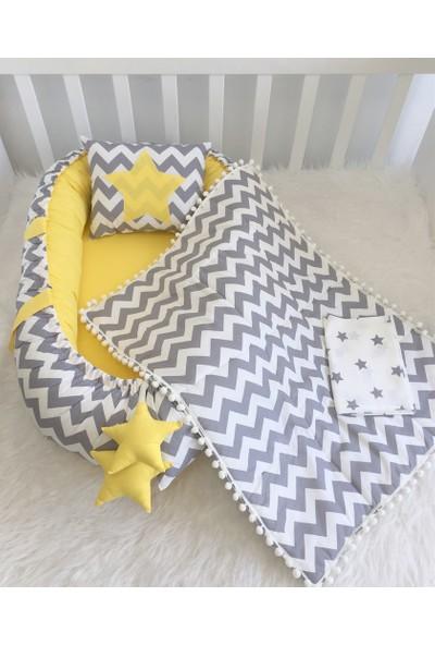 Modastra Gri Zigzag ve Sarı Tasarım Boncuk Kenar Pikeli Babynest Set