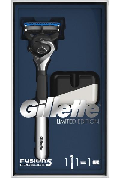 Gillette Fusion Proglide Tıraş Makinesi Özel Seri Krom Kaplama + (Tıraş Makinesi Standı)