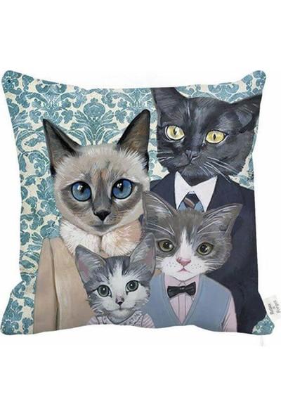 Unicolor Dekoratif Baskılı Kırlent Kılıfı-Kedi Ailesi-2