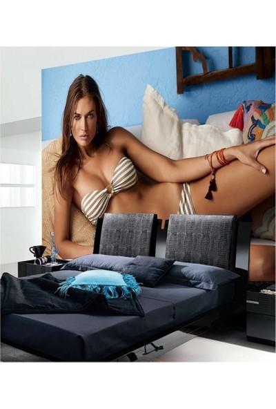 Artikel Bikinili Kız 178 x 126 Cm Duvar Resmi