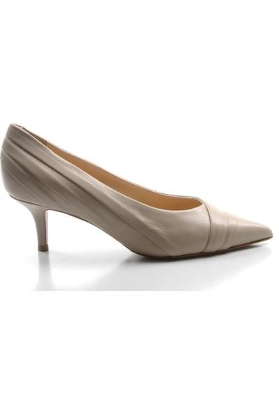 Veyis Usta Kadın Kısa Topuklu Krem Rengi Ayakkabı 97477