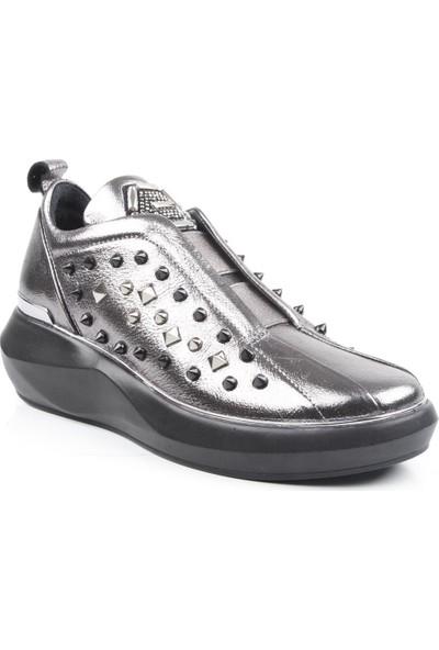 Veyis Usta Zımbalı Kadın 4 Mevsim Ayakkabı 103518