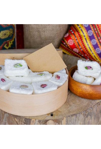 Gaziantepten Antep Fıstıklı Hindistan Cevizli Beyaz Sultan Lokum 500 gr