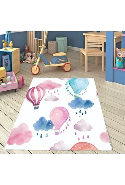 Karnaval Renkli Balonlar Çocuk Odası Halısı