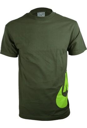 Nike Erkek T-Shirt 252295-228
