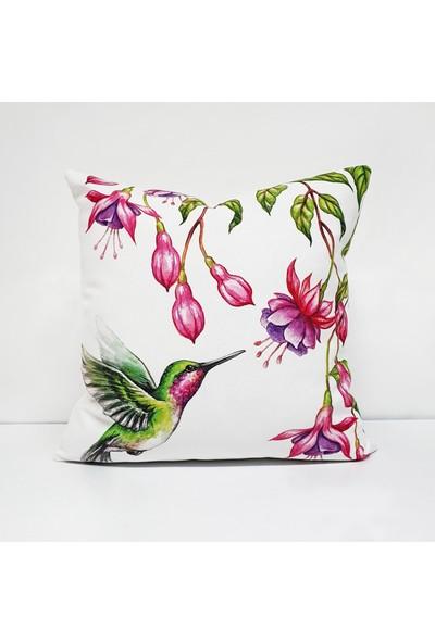 Dekorinyo Sinek Kuşu Desenli Dekoratif Kırlent Kılıfı