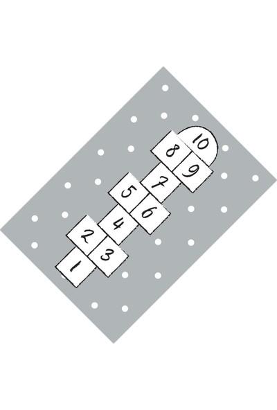 Cici Halı Örtüsü Gri Fon Puantiyeli Seksek Lastikli Halı Örtüsü-120x180