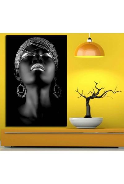 Sibiro Afrikalı Kadın Tabloları Gümüş Rengi 50 x 70 cm