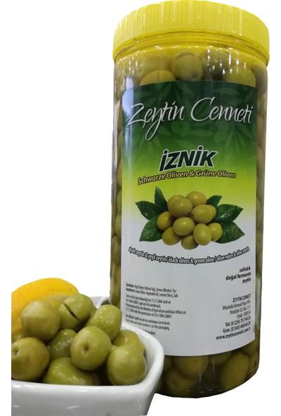 Zeytin Cenneti Hakiki Köy Kırma Yeşil Zeytin 1 kg